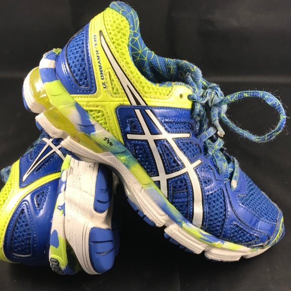 tramo mareado Señal  Asics Shoes | Nice Asics Gel Kayano 2 Youth Size 2 Blue Yellow | Poshmark